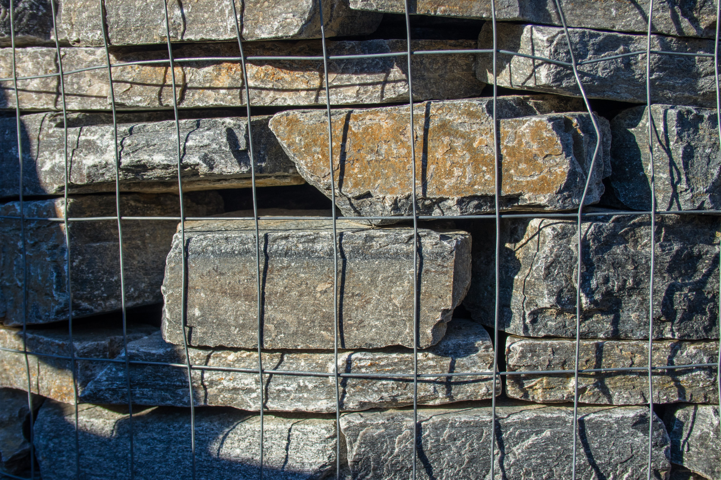 Cowboy Coffee Charcoal Quartzite (Ledgestone)